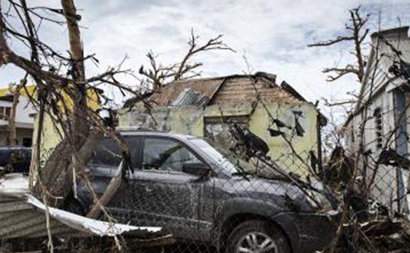 Knuffel voor slachtoffers Irma