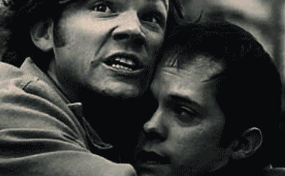 Ongemakkelijke knuffel
